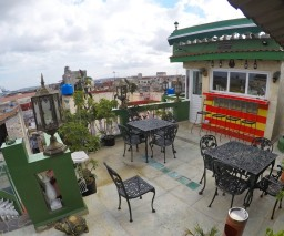 Roof top bar at Vista al Mar guesthouse in Havana