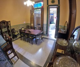 An image of the dining room in Casa Nativity private guesthouse in Vedado, Havana