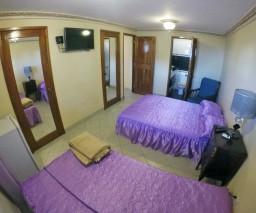 An image of room 5 in Casa Naty in Havana